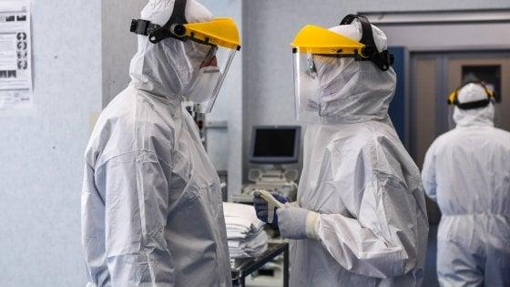 Coronavirus in Lombardia, morti in aumento: 203. Calano ricoveri e terapie, a Milano contagi alti. Arrivano i test
