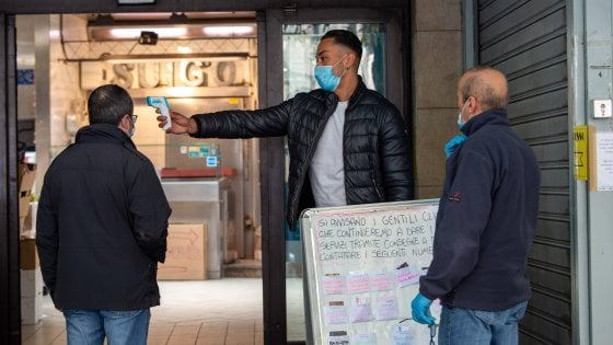 """Coronavirus a Milano, Sala a Fontana: """"Chiarezza sul numero reale dei contagi. Fase 2 deve essere sforzo collettivo"""""""