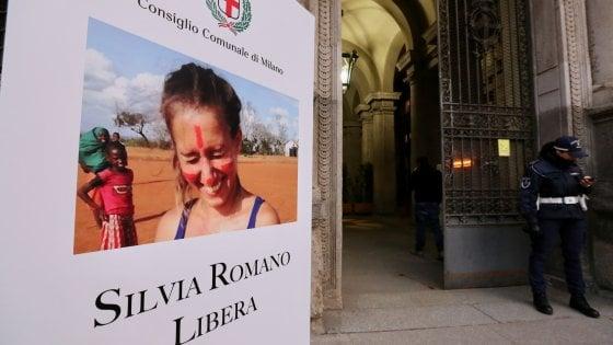 Silvia Romano, un anno e mezzo di silenzio sul destino della volontaria liberata oggi in Kenya: le tappe della vicenda
