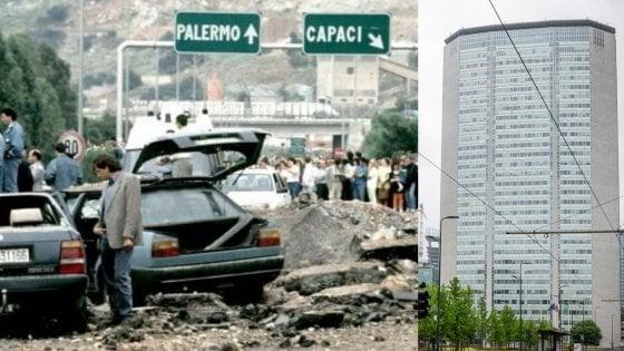 Strage di Capaci, per il 28esimo anniversario finestre del Pirellone illuminate per tre giorni