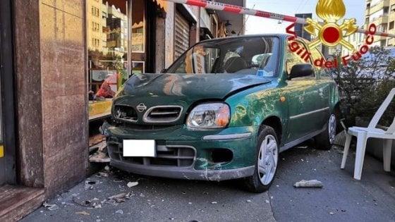 Incidenti stradali, morto a Milano un pedone coinvolto in un tamponamento