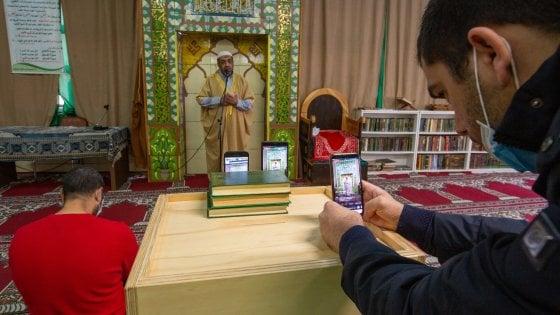 """Il messaggio dell'arcivescovo di Milano ai musulmani: """"Un vostro diritto avere luoghi di culto"""""""