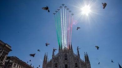 Lo spettacolo delle Frecce Tricolori in volo nel cielo di Milano e di Codogno     · Video 1    - 2        · Foto            Le acrobazie     · Foto  Gli scatti social