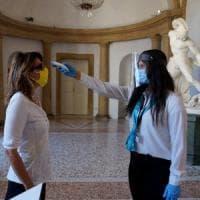 Milano, riaprono i musei civici: cinque visitatori alla volta ogni mezz'ora