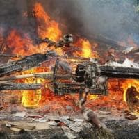 In fiamme il deposito agricolo della cascina Linterno a Milano