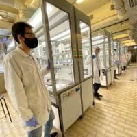 Coronavirus, arriva la maturità: la Statale di Milano produce il gel igienizzante