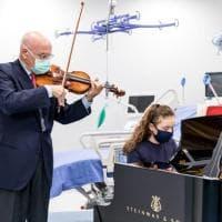 Milano, Accardo in duetto con la figlia di 11 anni per la nuova Rianimazione del Sacco