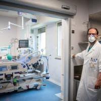 Coronavirus, in Lombardia superati 16 mila morti: 58 nelle ultime 24 ore. Stabile il...