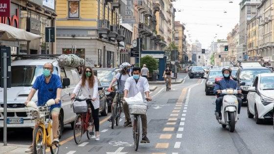 Fase 2 a Milano, la ciclabile di corso Buenos Aires piace ai ciclisti: 6 mila bici la percorrono ogni giorno