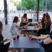 Fase 3, a Milano cancellato il divieto di asporto dopo le 19: si potrà