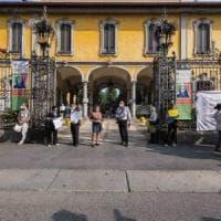 Case di riposo in Lombardia, sì a nuovi ospiti. I contagiati andranno in