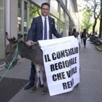 Il campione delle provocazioni Angelo Ciocca e l'offesa a microfono aperto dell'...