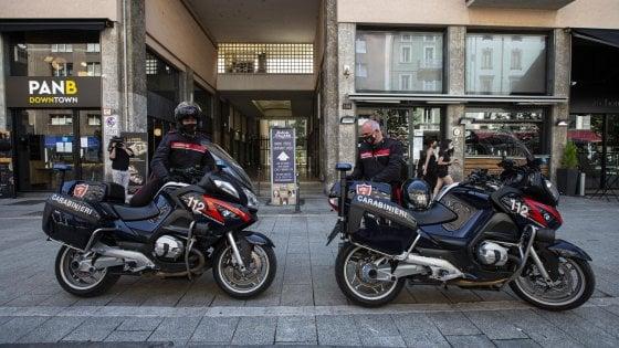 Rissa nella movida di corso Garibaldi a Milano: arrestato il figlio del capo ultrà dell'Inter, è accusato di tentato omicidio