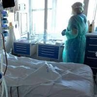 """Coronavirus, lo sfogo dei medici di Pavia: """"Ci chiamavano eroi, ora ci denunciano"""""""
