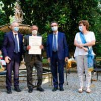 Cavalieri, ufficiali e commendatori: a Milano cerimonia per l'Ordine al merito della Repubblica: onorificenze anche per Vecchioni e Spataro