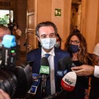 Lombardia, inchiesta camici: il presidente Fontana avrebbe avuto un ruolo attivo