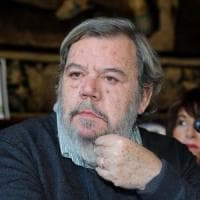 Estorceva soldi a Gianni Mura, arrestato 47enne veronese