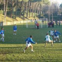 Fase 3, da domani in Lombardia via agli sport di contatto come il calcetto.