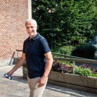 Formigoni e il caso tangenti sugli apparecchi sanitari: la procura di Cremona