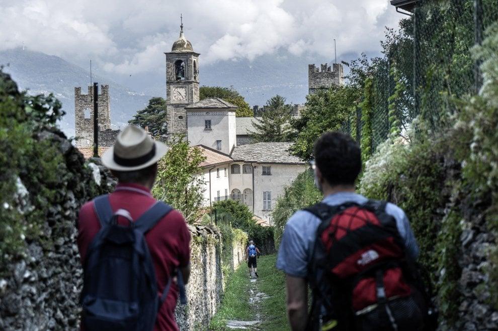 Tra le mulattiere e il lago, passando per i borghi: il Sentiero del Viandante è il primo 'Cammino d'Italia'