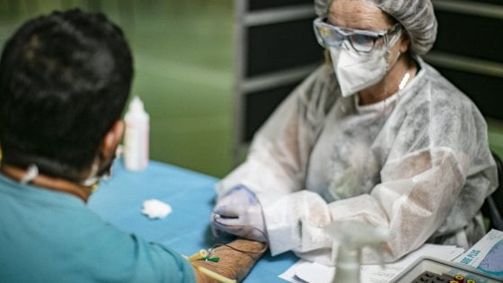 Coronavirus in Lombardia, inchiesta sui test sierologici: indagati i vertici di San Matteo e Diasorin