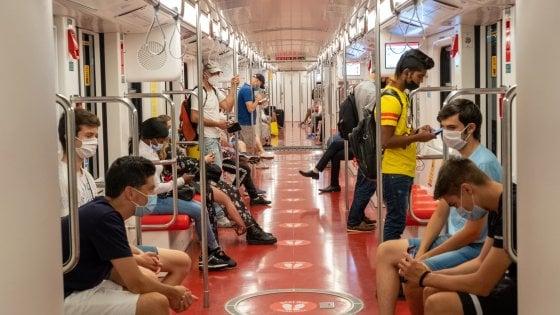 Coronavirus in Lombardia, sui mezzi pubblici si potranno utilizzare tutti i posti a sedere