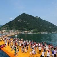Lago d'Iseo, una casa-museo per le passerelle galleggianti di Christo