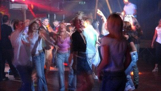 Le notti in discoteca nell