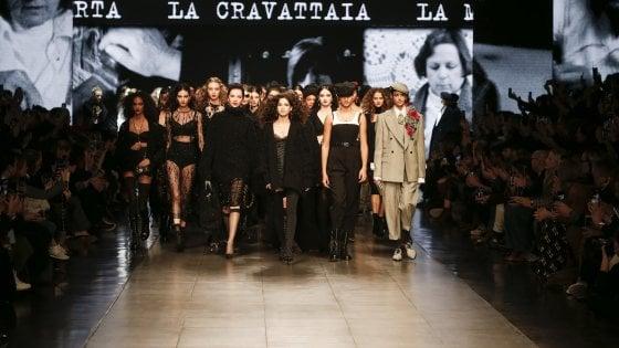Grandi ritorni nella fashion week dell'orgoglio: a Milano le sfilate di Dolce&Gabbana e Valentino, Armani in diretta tv