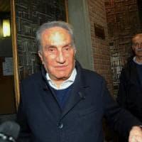 Emilio Fede ottiene l'affidamento in prova ai servizi sociali: potrà uscire di giorno