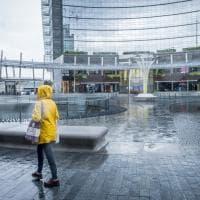 Violento acquazzone su Milano: strade allagate e traffico in tilt
