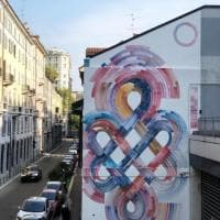 A Milano un maxi nodo tibetano ricorda il Lama Ganchen morto di Covid
