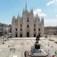 A Milano vaccini contro l'influenza anche in piazza Duomo: un tendone per