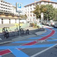 Arriva il colore in piazzale Ferrara: l'urbanistica tattica ridisegna il Corvetto
