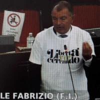 Inchiesta Diasorin, il centrodestra in Consiglio comunale con le magliette