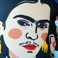 Viaggio nell'universo di Frida Kahlo: la Fabbrica del Vapore celebra l'artista messicana