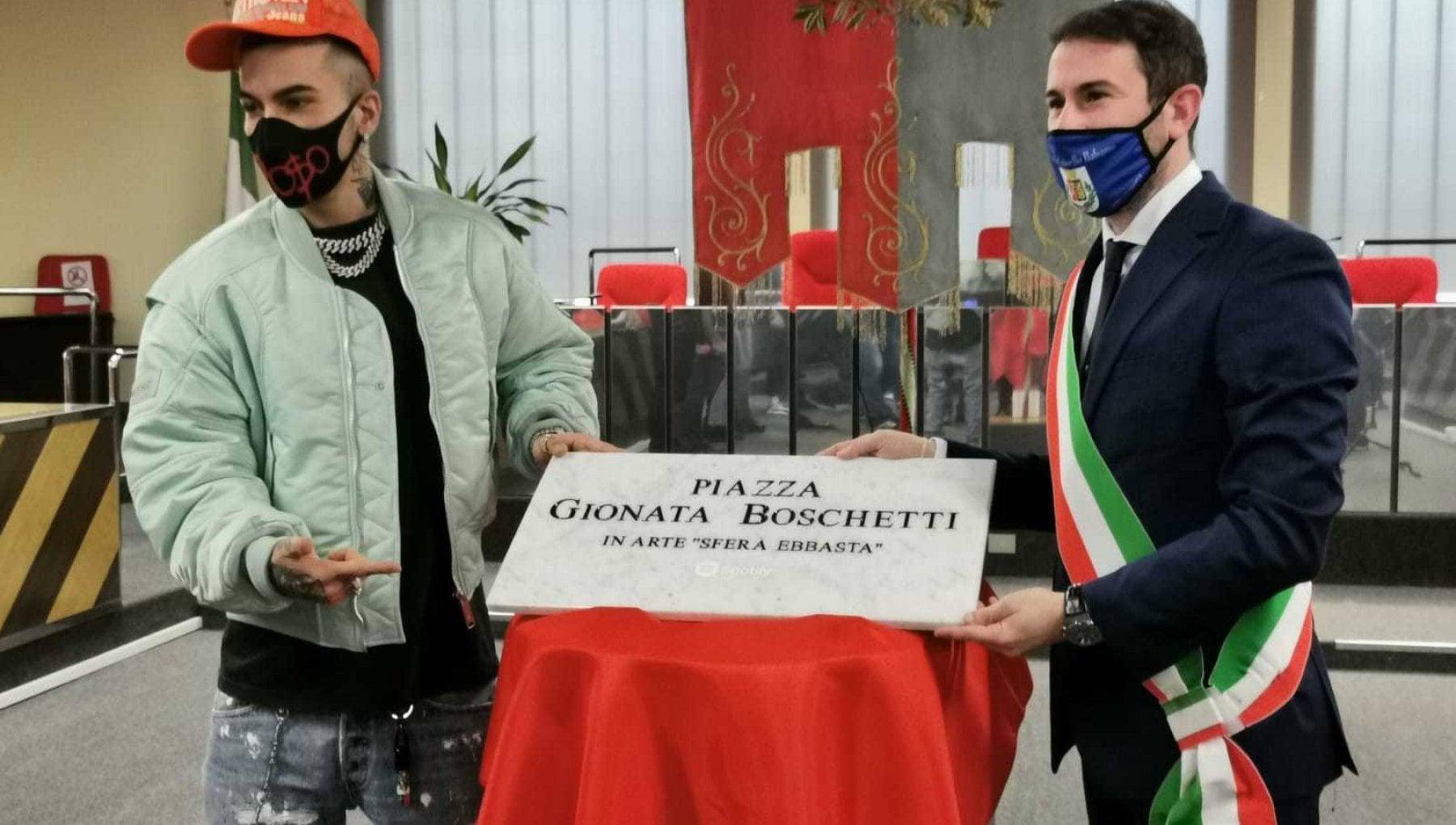 A Cinisello Balsamo una piazza dedicata a Sfera Ebbasta: Voglio essere un riferimento per i ragazzi di Ciny
