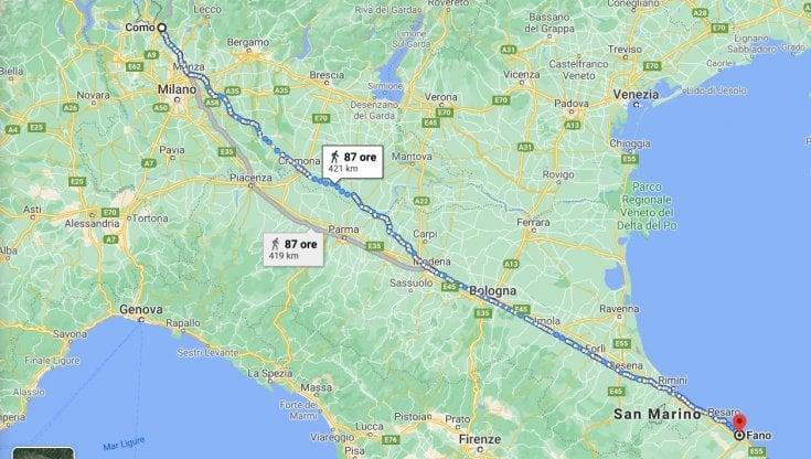 PERCORRE 450 KM A PIEDI PER SMALTIRE LA RABBIA DOPO UN LITIGIO CON LA MOGLIE: multato il Forrest Gump italiano
