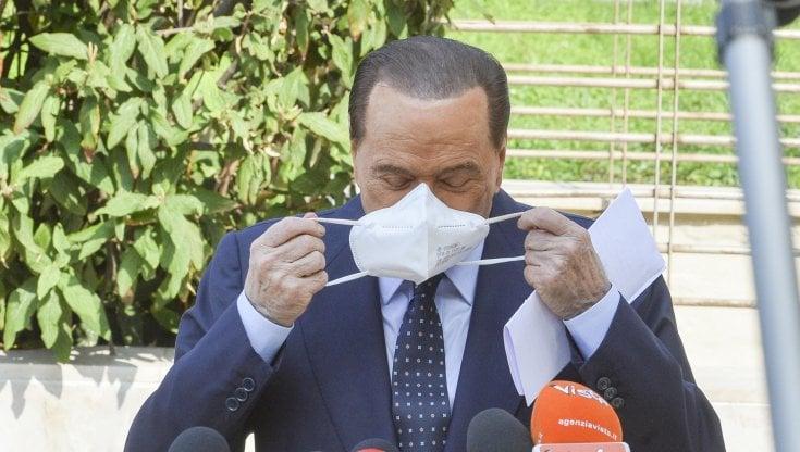 """Ruby ter, Silvio Berlusconi ancora in ospedale. L'avvocato: """"Aspettiamo il responso dei..."""
