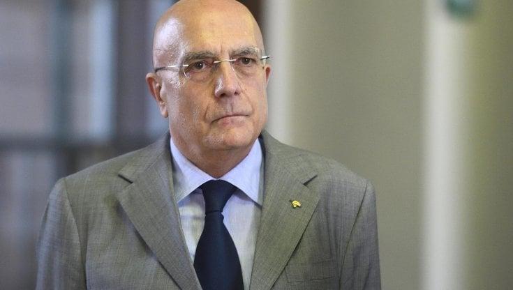 """Gabriele Albertini e il ritiro dalla corsa a sindaco: """"Non mi sento tradito dai partiti,..."""