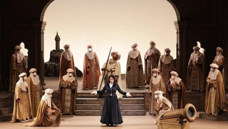 Milano, alla Scala riparte l'opera con la prima festosa dell'Italiana in  Algeri di Rossini - la Repubblica