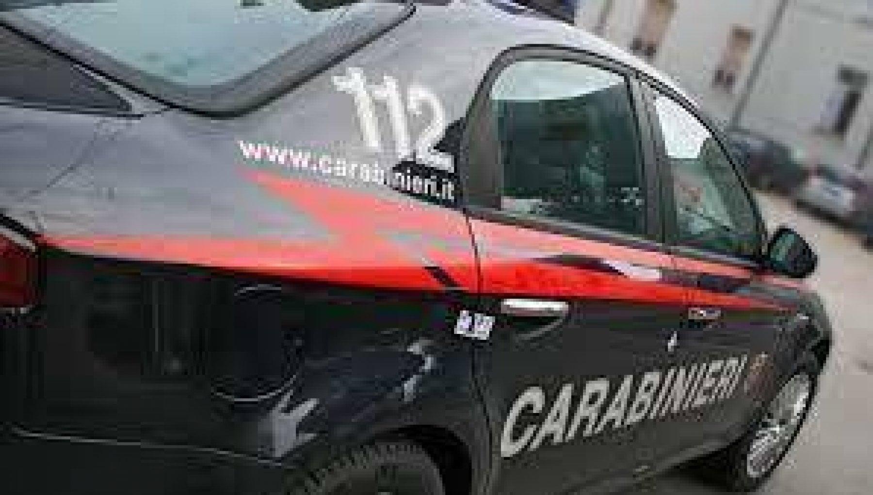 Stalking e botte a una coetanea, arrestate quattro quindicenni a Brescia
