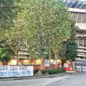 """185731324 07f3e4d1 5abe 44c7 81e6 00640758b4ad - Chi è Luigi Aronica: l'ex Nar chiamato """"Er pantera"""", protagonista delle proteste No Green Pass a Roma"""