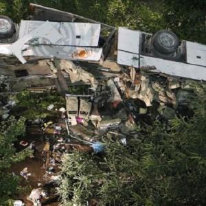 Strage bus Avellino, difettose anche le barriere di protezione