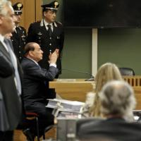 Berlusconi in aula a Napoli per il processo Lavitola