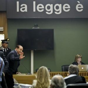Insulti alla Corte, Berlusconi rischia l'incriminazione