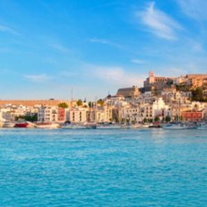 Tuffo in piscina dopo cena, muore a Ibiza giovane di Benevento