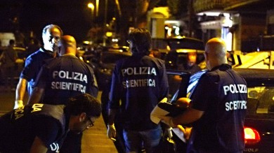 A Napoli la camorra spara ancora ucciso un pregiudicato in un agguato