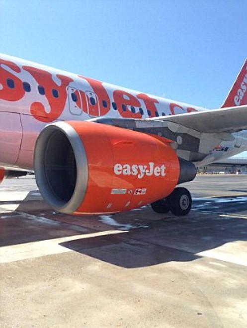 Paura e feriti sul volo Londra-Napoli per un enorme vuoto d'aria