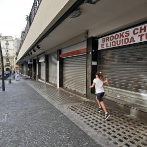 La crisi fa strage di negozi 4d1170e65df
